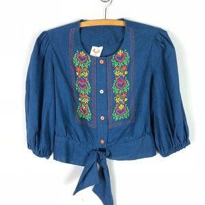 Vintage 1970s Embroidered Peasant Tie Crop Top